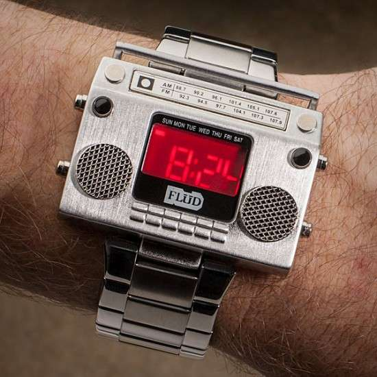flud boombox-metal-wristwatch