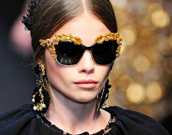 dolce_gabbana_sunglasses_earrings